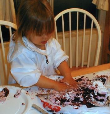 baby mashing cake